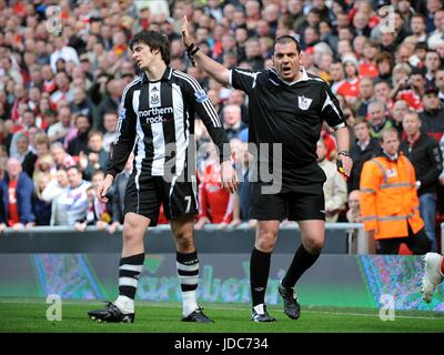 JOEY BARTON IS SENT OFF AFTER LIVERPOOL V NEWCASTLE ANFIELD LIVERPOOL ENGLAND 03 May 2009 - Stock Photo