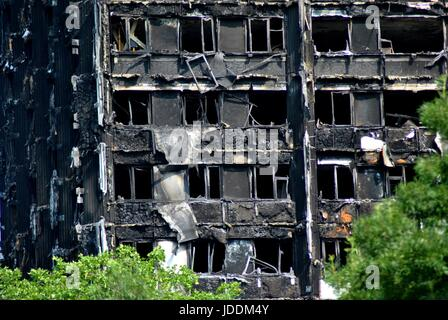 Grenfell Tower  Fire, London  Close Up of Flats picture taken 19th June, 2017 Latimer Road area W11 from the West - Stock Photo