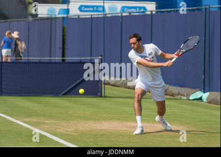 The Queen's Club, London, UK. 20th June, 2017. Day 2 of the 2017 Aegon Tennis Championships in west London with - Stock Photo