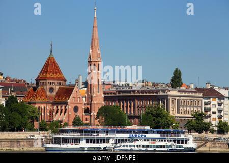 Hungary, Budapest, Szilágyi Dezső Square, Reformed Church, - Stock Photo