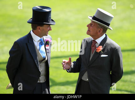 Ascot Chairman Johnny Weatherby (left) with Prince Philip during day one of Royal Ascot at Ascot Racecourse. - Stock Photo