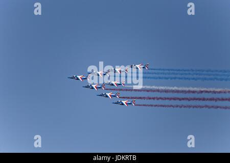Paris-Le Bourget, France. 19th June, 2017. Flight presentation of the Patrouille de France during the 2017 International - Stock Photo