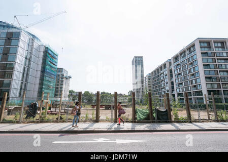 London, UK. 21st June, 2017. View of almost finished apartment blocks and occupied apartment blocks in Kensington - Stock Photo
