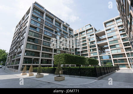 London, UK. 21st June, 2017. View of occupied apartment blocks in Kensington Row Complex. It was announced that - Stock Photo