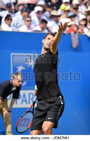 London, UK. 21st June, 2017. GRIGOR DIMITROV (World No. 11) wins from JULIEN BENNETEAU (World No. 87), Aegon Tennis - Stock Photo