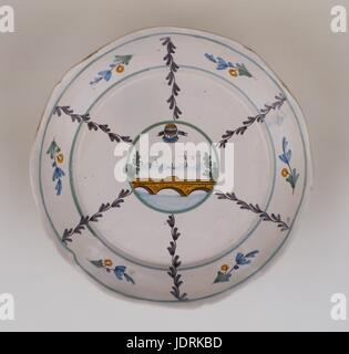 Faience plate with polychrome design with curved edging, Nevers  Balloon at the Nevers bridge  Diameter 23 cm  Muller - Stock Photo