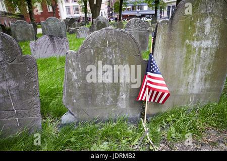 grave of paul revere snr Granary Burying ground Boston USA - Stock Photo