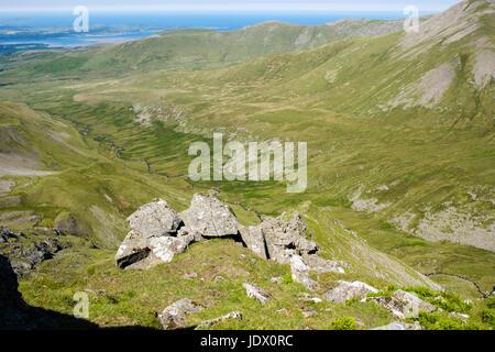 View above Llech Ddu spur (Crib Lem) scramble route to Carnedd Dafydd above Cwm Pen Llafar in Carneddau mountains - Stock Photo