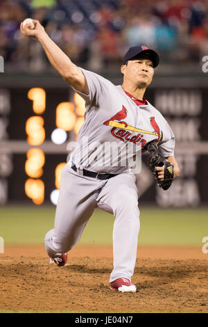 Philadelphia, Pennsylvania, USA. 21st June, 2017. St. Louis Cardinals relief pitcher Seung-Hwan Oh (26) throws a pitch during the MLB game between the St. Louis Cardinals and Philadelphia Phillies at Citizens Bank Park in Philadelphia, Pennsylvania. The St. Louis Cardinals won 7-6 in 10 innings. Christopher Szagola/CSM/Alamy Live News