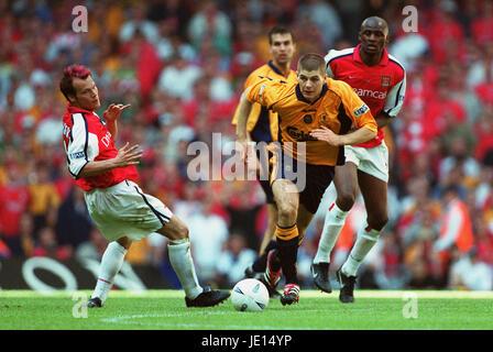 STEVEN GERRARD , LJUNGBERG, ARSENAL V LIVERPOOL FA CUP, FA CUP FINAL, 2001 - Stock Photo