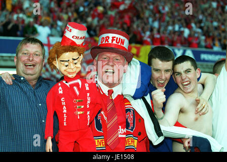 DR.FUN ARSENAL V LIVERPOOL FA CUP MILLENNIUM STADIUM CARDIFF WALES 12 May 2001 - Stock Photo