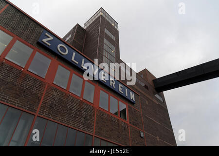 The coal mine complex Zollverein is since 2001 inscribed into the UNESCO list of World Heritage Sites. It's a large - Stock Photo