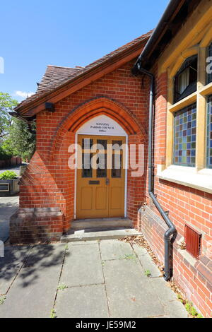 Pearson hall in the quiet rural village of Sonning on Thames with its commemoration clock and leaded windows with - Stock Photo