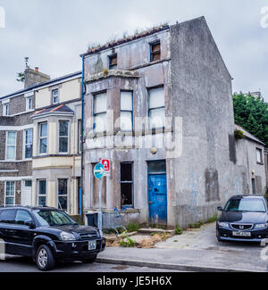 Delapidated house in Southwell Street, Bangor, Northern Ireland - Stock Photo