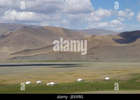 Mongolia, extreme west province, Bayan Olgii province, Tsambagarav national park, Kasachen, nomad, support, Jurten, - Stock Photo