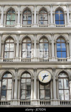 The USA, America, New York, Manhattan, Soho, facade with clock, - Stock Photo
