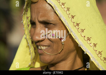 India, Rajasthan, Pushkar, woman with nasal ring, portrait, - Stock Photo