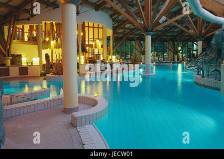 Germany, North Rhine-Westphalia, bath Oeynhausen, health resort park, Bali-Therme, interior cymbal, dusk, Teutoburger - Stock Photo