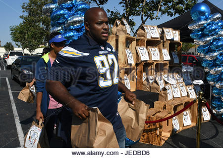 Los Angeles, California, USA. 23rd June, 2017. Los Angeles Chargers and former Crenshaw High School standout nose - Stock Photo