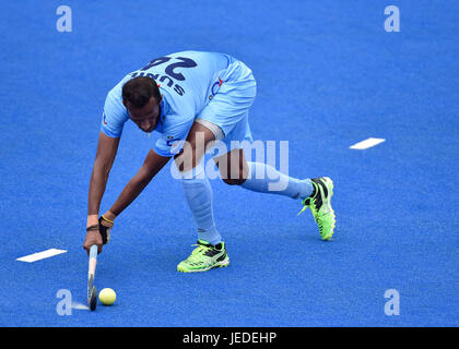 London, UK. 24th June, 2017. SOWMARPET Sunil (IND) in action during Hero Hockey World League Semi-Final (Men) Pakistan - Stock Photo