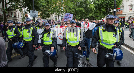 London, UK. 24th June, 2017. The English Defence League march in central London met strong resistance from anti - Stock Photo