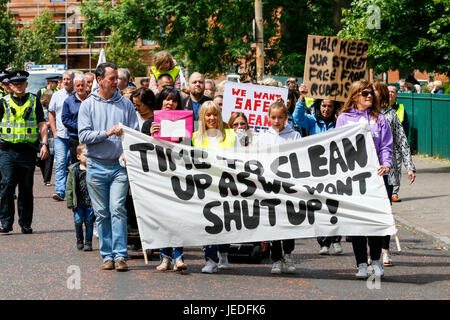 Glasgow, UK. 24th June, 2017. LIZ CROSBIE and FRANCES STOJILKOVIC from Govanhill Community Campaign lead a protest - Stock Photo