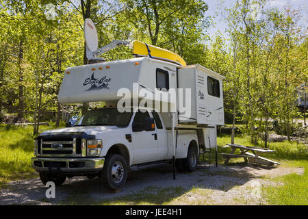 Canada, Ontario, Hidden Glen Trailer Park, Bimobil, - Stock Photo
