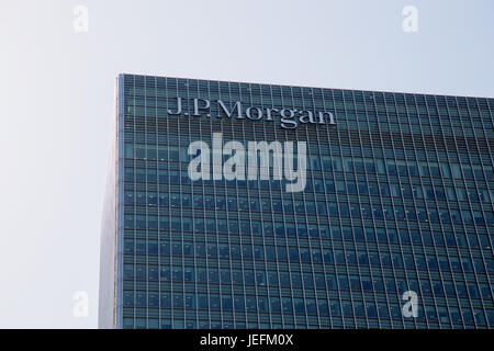 UK, London - April 08, 2015: Bank Street skyscraper in Canary Wharf - Stock Photo