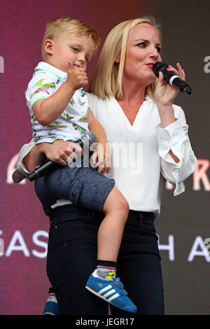 London, UK. 25th June, 2017. Kerry Ellis and her son at West End Live theatre showcase, Trafalgar Square, London, - Stock Photo