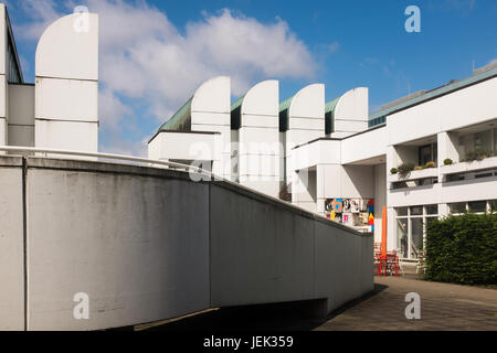 Bauhaus Pankow a bauhaus style building in berlin mitte germany stock photo