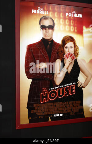 Los Angeles, CA, USA. 26th June, 2017. Atmosphere at ''The House'' Premiere at the TCL Chinese Theater IMAX on June - Stock Photo