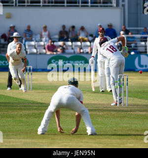 Northampton, UK. 26th June, 2017. Mark Holden  bats for Northamptonshire    during the Specsavers County Championship - Stock Photo