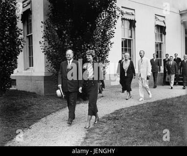U.S. President Herbert Hoover with Amelia Earhart at White House, Washington DC, USA, Harris & Ewing, June 21, 1932 - Stock Photo