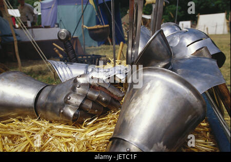 Germany, Lower Saxony, Bueckeburg, Medievally Spectaculum, knight's armament, Weser mountainous country, castle - Stock Photo