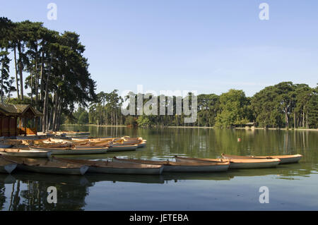France, Paris, Bois de Boulogne, Lac Inferieur, boots, - Stock Photo