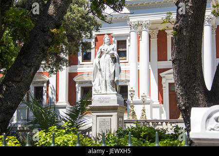 Statue of Queen Victoria in front of the Houses of Parliament, Cape Town, South Africa - Stock Photo