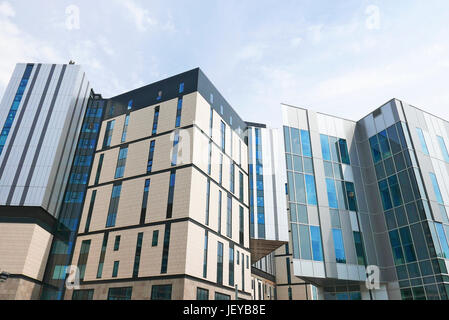 The new £335 million Royal Liverpool hospital due to open in the summer of 2018 faces long delays after the collapse - Stock Photo