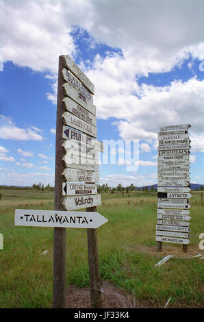 Elaborate signage to a variety of Lower Hunter wineries and other attractions, Oakey Creek Road, Hunter Valley, - Stock Photo