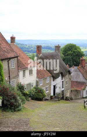 Beautiful Gold Hill, in Shaftesbury, in Dorset, England, UK - Stock Photo