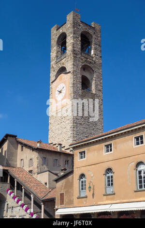 BERGAMO, LOMBARDY/ITALY - JUNE 26 : Civic Tower (Campanone - Big Bell) and Palazzo Del Podestaore in Bergamo on - Stock Photo
