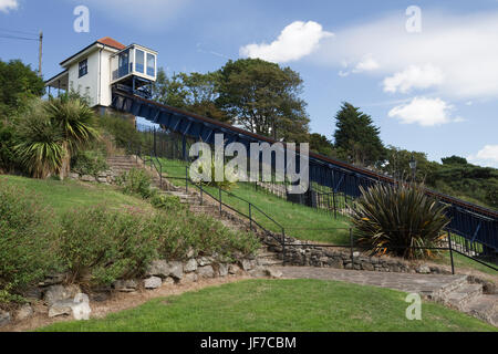 Victorian cliff lift and gardens at Southend-on-Sea,  Essex, England - Stock Photo