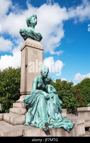 Copenhagen, the bronze bust of princess Marie of Orleans in the Sangelinie belvedere. - Stock Photo