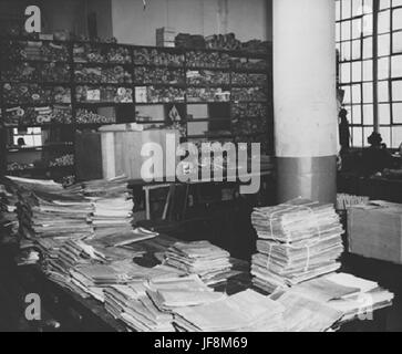 Photograph of Alexandria Federal Records Center 35071642561 o - Stock Photo