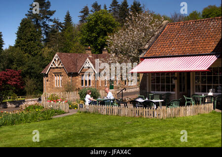 Cafe in Ford Village, Northumebrland - Stock Photo