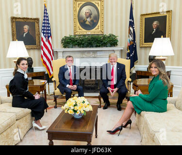 President Donald Trump and First Lady Melania Trump meet with King Abdullah II and Queen Rania of Jordan, Wednesday, - Stock Photo