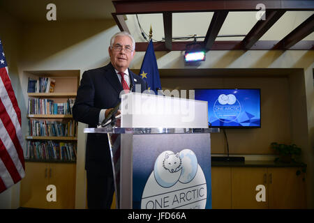 U.S. Secretary of State Rex Tillerson speaks to attendees at the Arctic Council 20th Anniversary Welcome Reception - Stock Photo