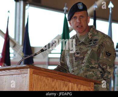 Outgoing U.S. Army Alaska Aviation Task Force Commander Col. Blake Alexander thanks USARAK and Fort Wainwright key - Stock Photo