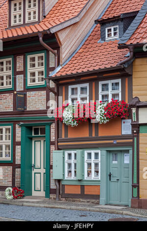 The smallest house in Kochstrasse 43 in the Old Town, Wernigerode, Harz, Saxony-Anhalt, Central Germany, Germany - Stock Photo
