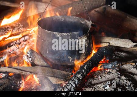 Chile, Araucania, Llaguepulli, Mapuche, fireplace, pot - Stock Photo