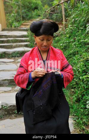 China, Guangxi Province, Longsheng aera, Ping An village, Red Yao minority - Stock Photo